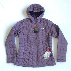 The North Face Thermoball hoodie jacket L new NWT
